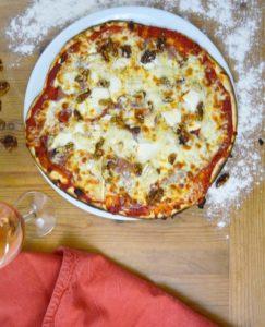 lune de miel retouchée pizza la fabrik a pizza messac guipry